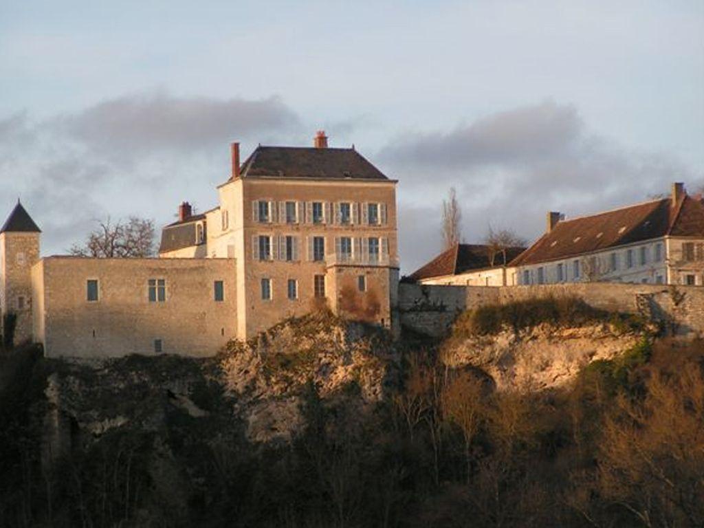 Mairie de Mailly-le-Château (89660)